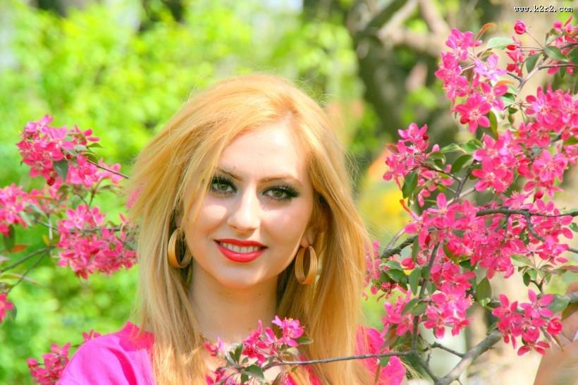 鲜花与美女图片大全 第5张